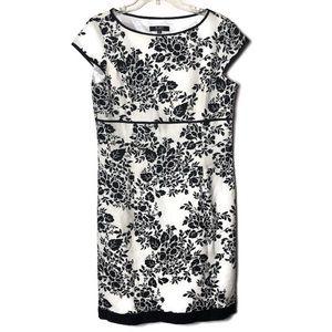 Alex Marie floral cap sleeve zip dress black white